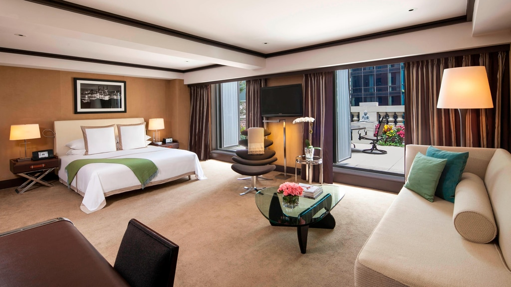 Junior Suite - King with Terrace