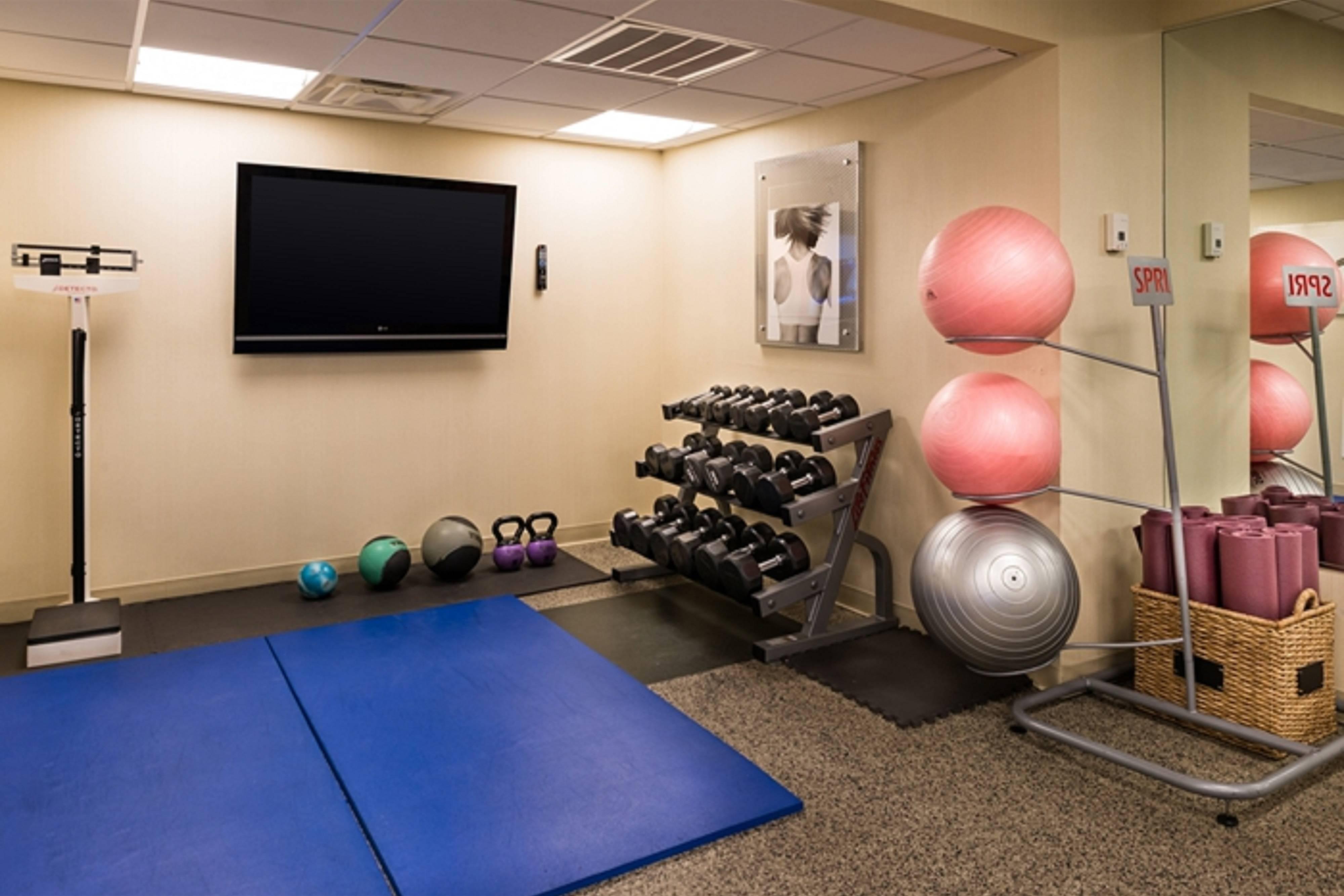 Melville hotel fitness center