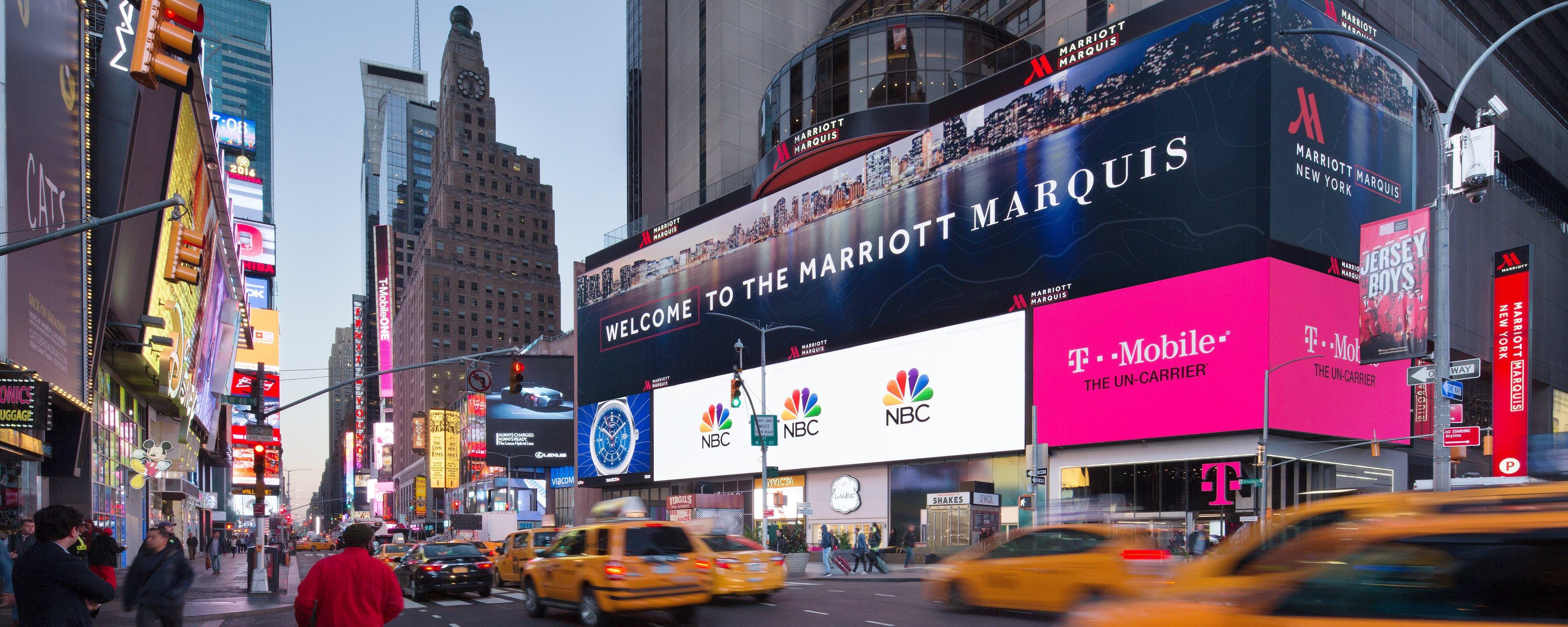 Nyc Hotel In Times Square Broadway New York Marriott