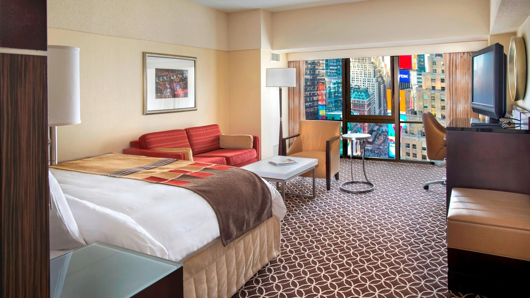 Rooms With Times Square View