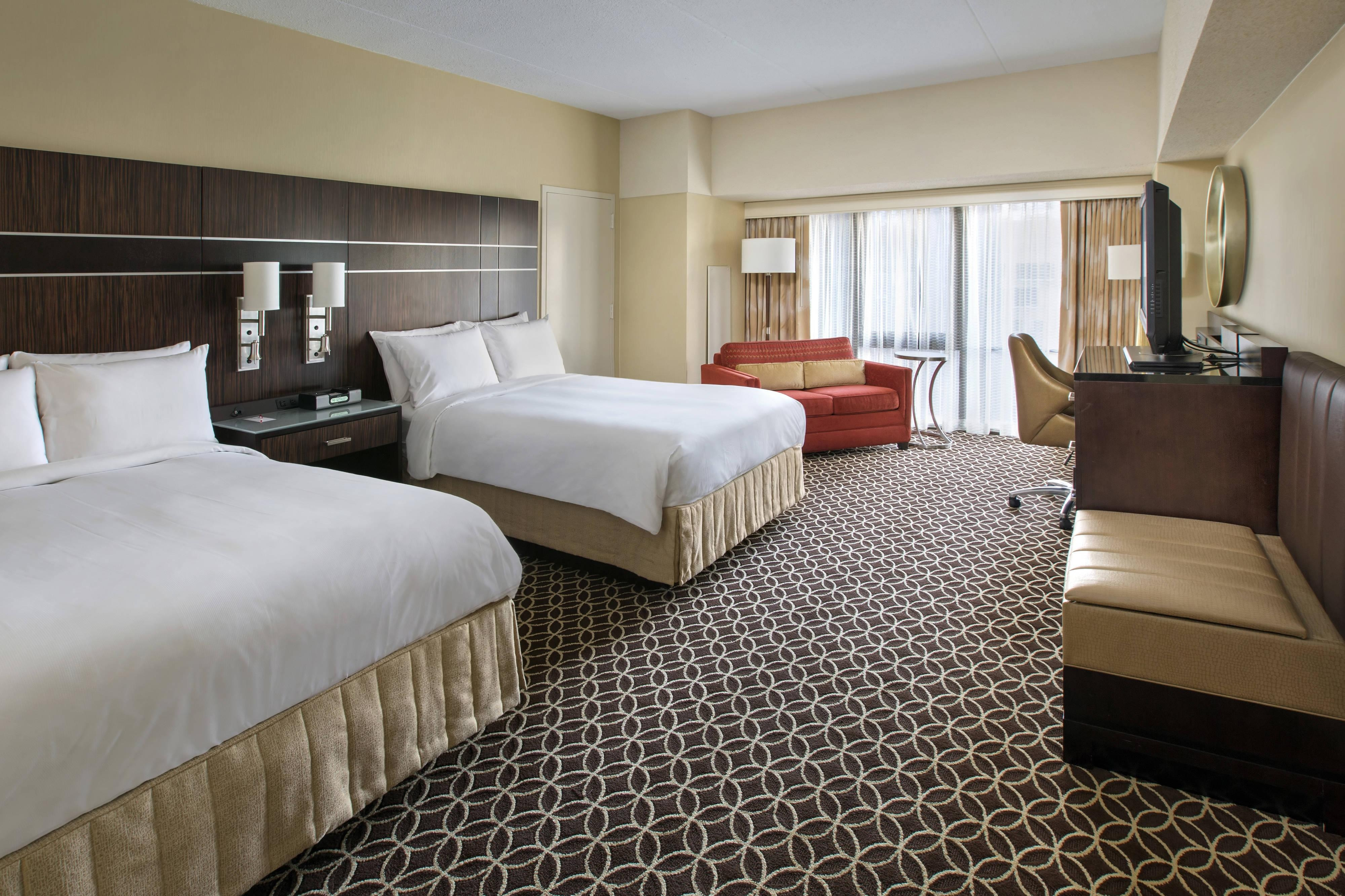 Hotel in Times Square, NYC | New York Marriott Marquis