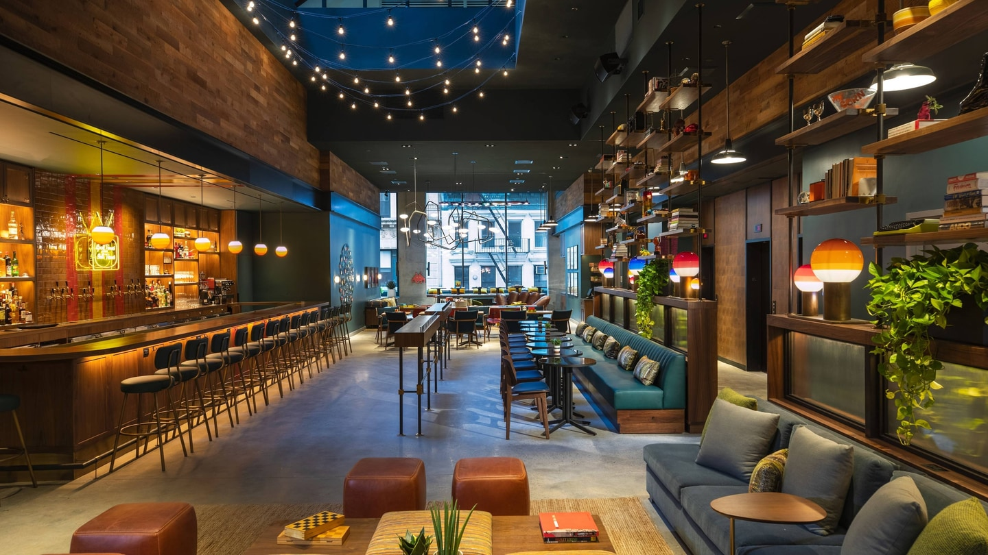 Hotel In The Financial District Moxy Nyc Downtown