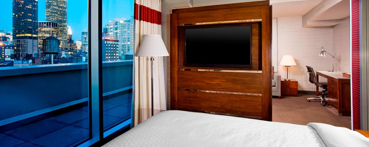 Suite - Bedroom