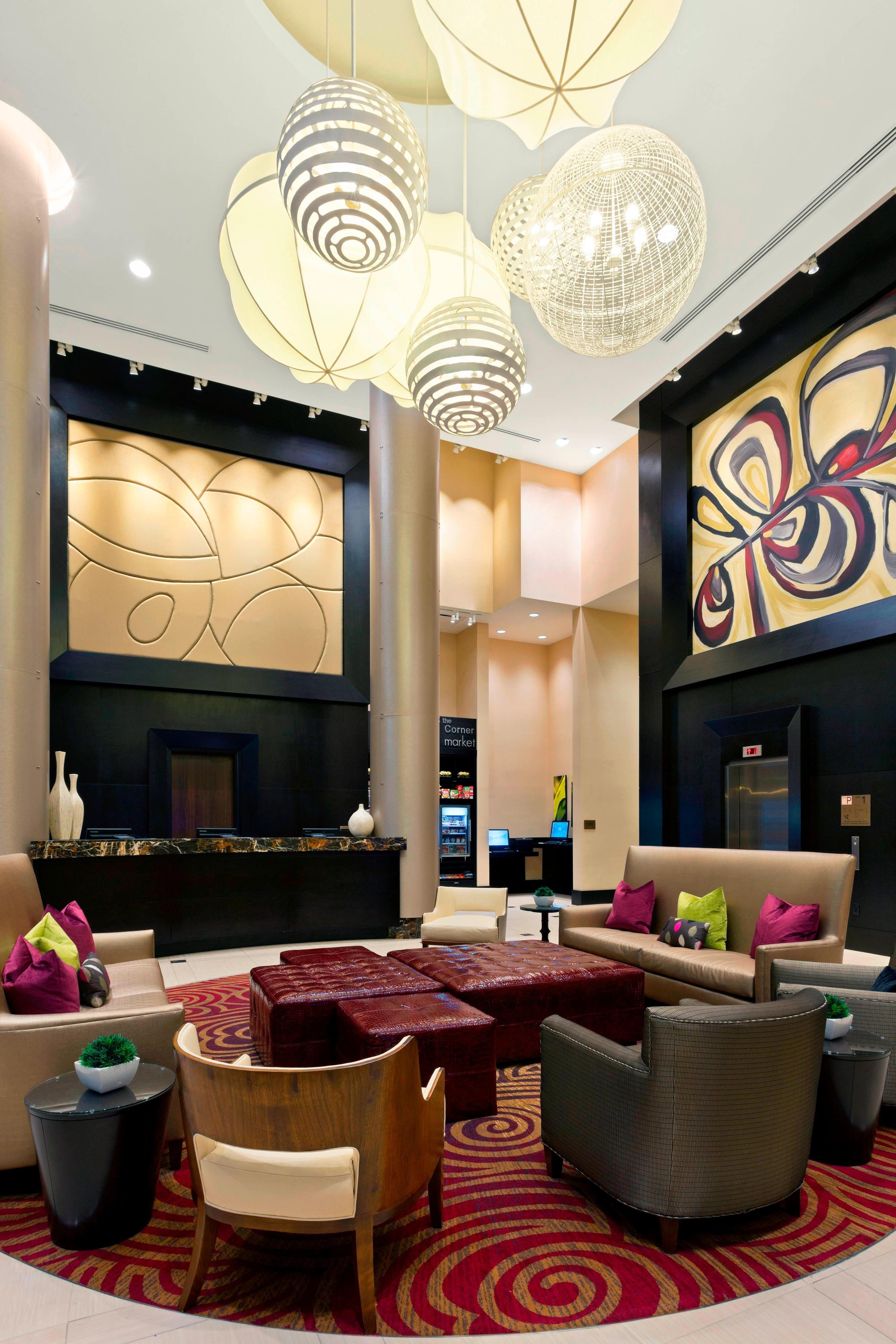 Lobby in NY Midtown Hotels