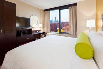 Penn Station Hotel King Guest Room