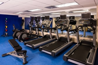 LaGuardia hotel fitness center