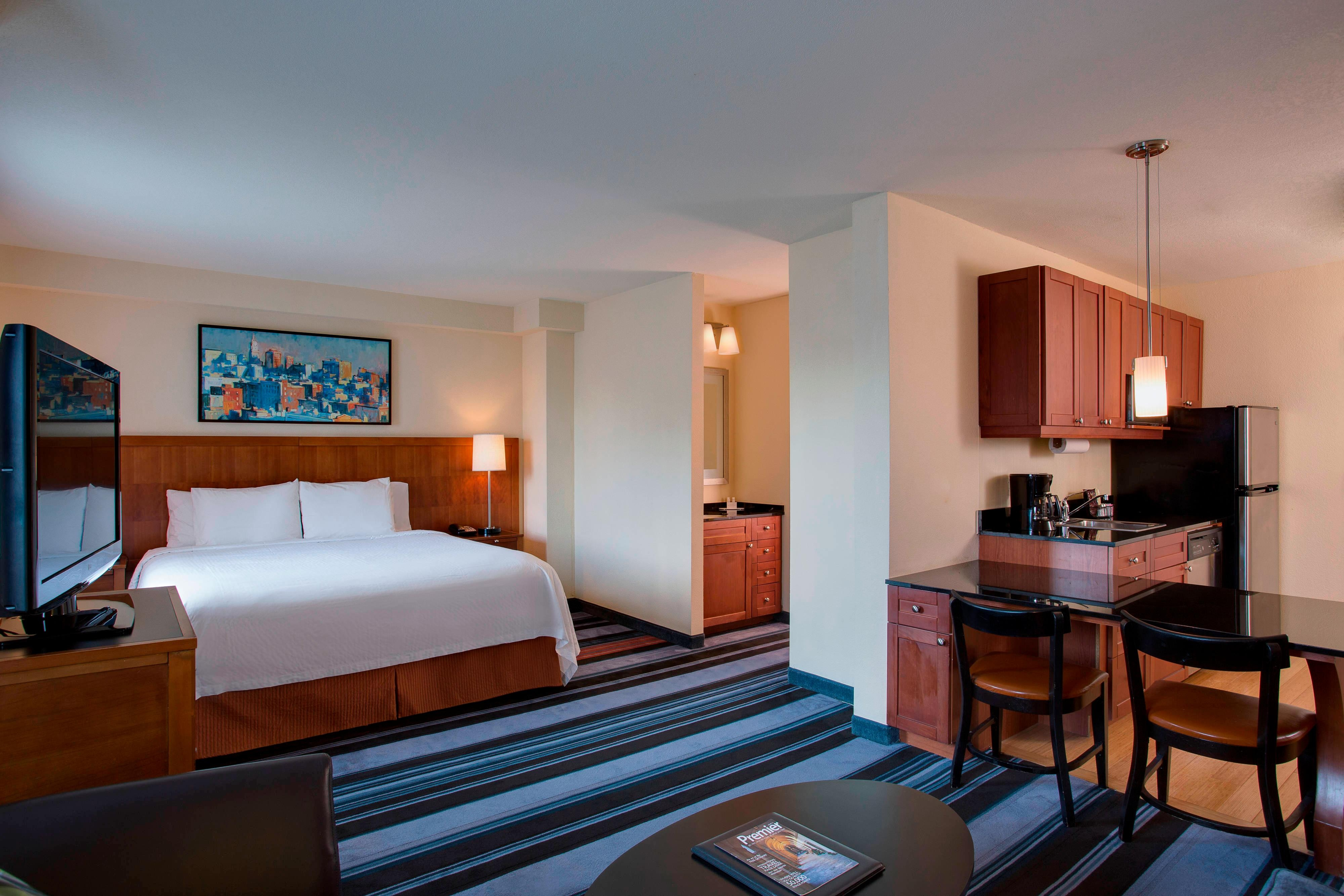2 bedroom hotel suites nyc residence inn new york - Hotels that have 2 bedroom suites ...