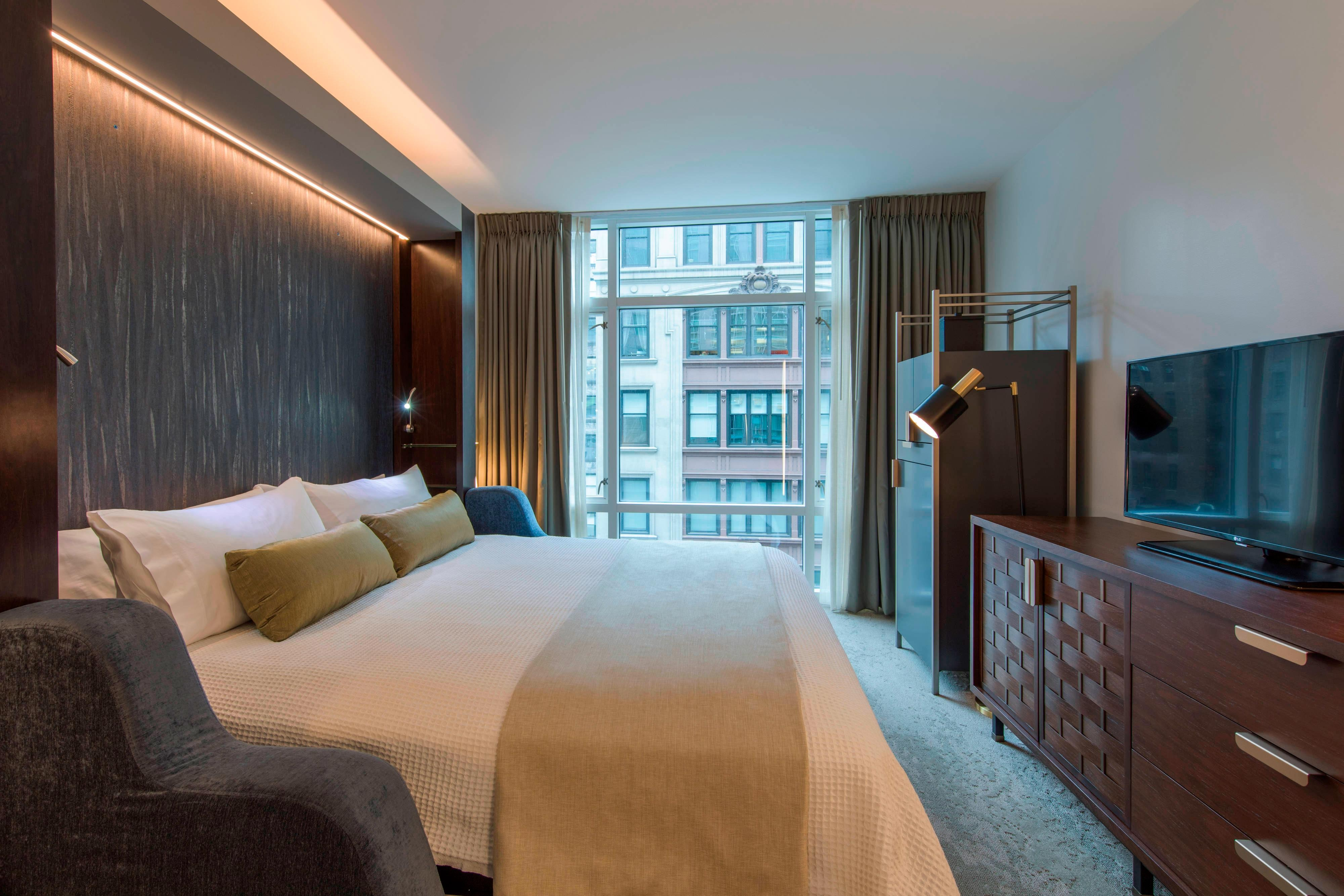Modern Manhattan Accommodations Marriott Vacation Club