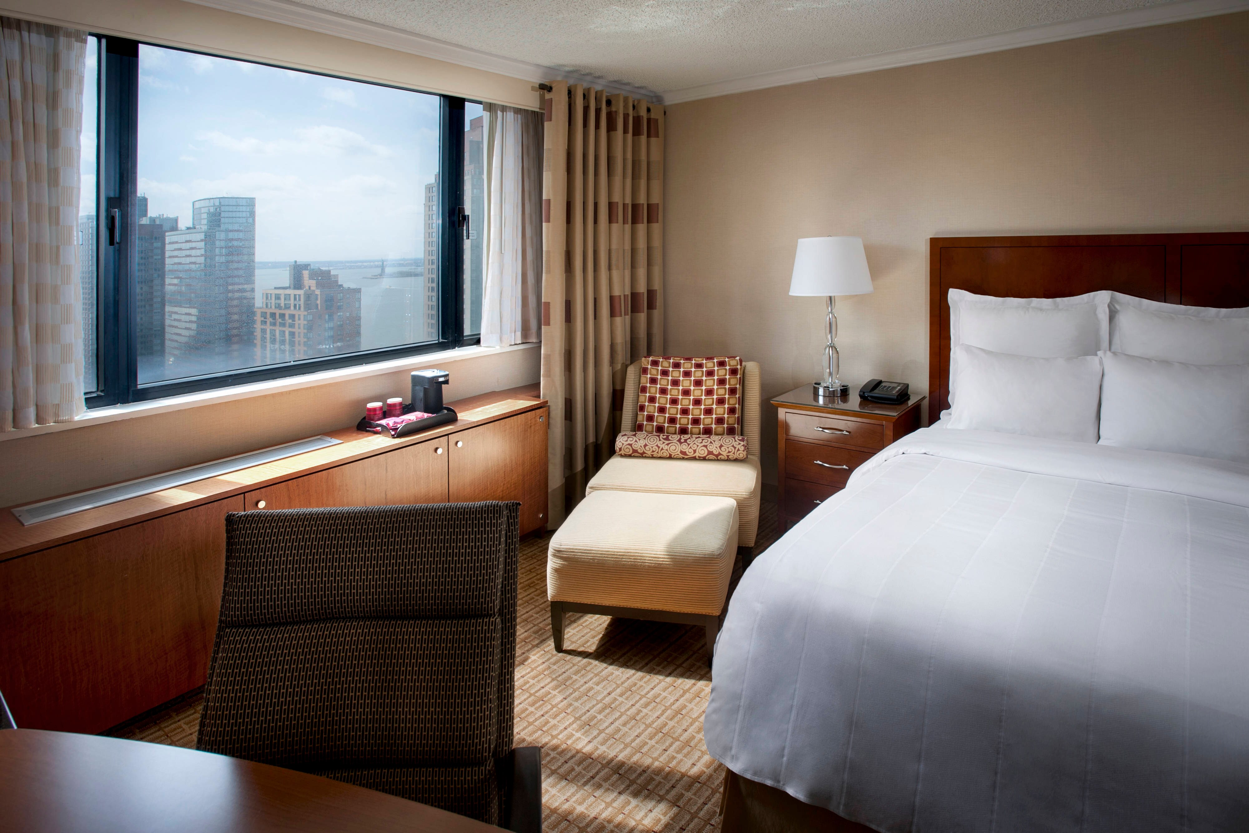 King Guestrooms In New York