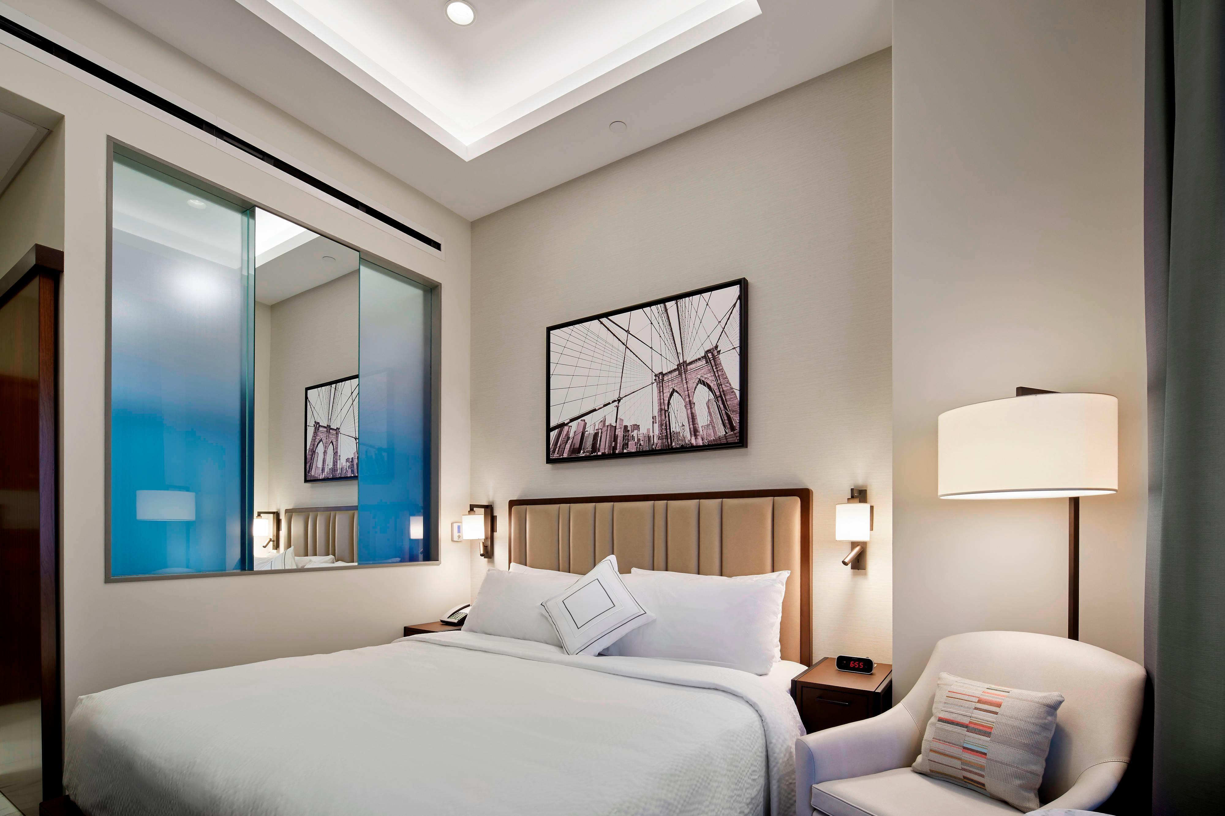 Cityview Top Floor Guest Room