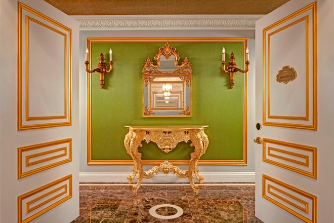 Royal Suite Entrance