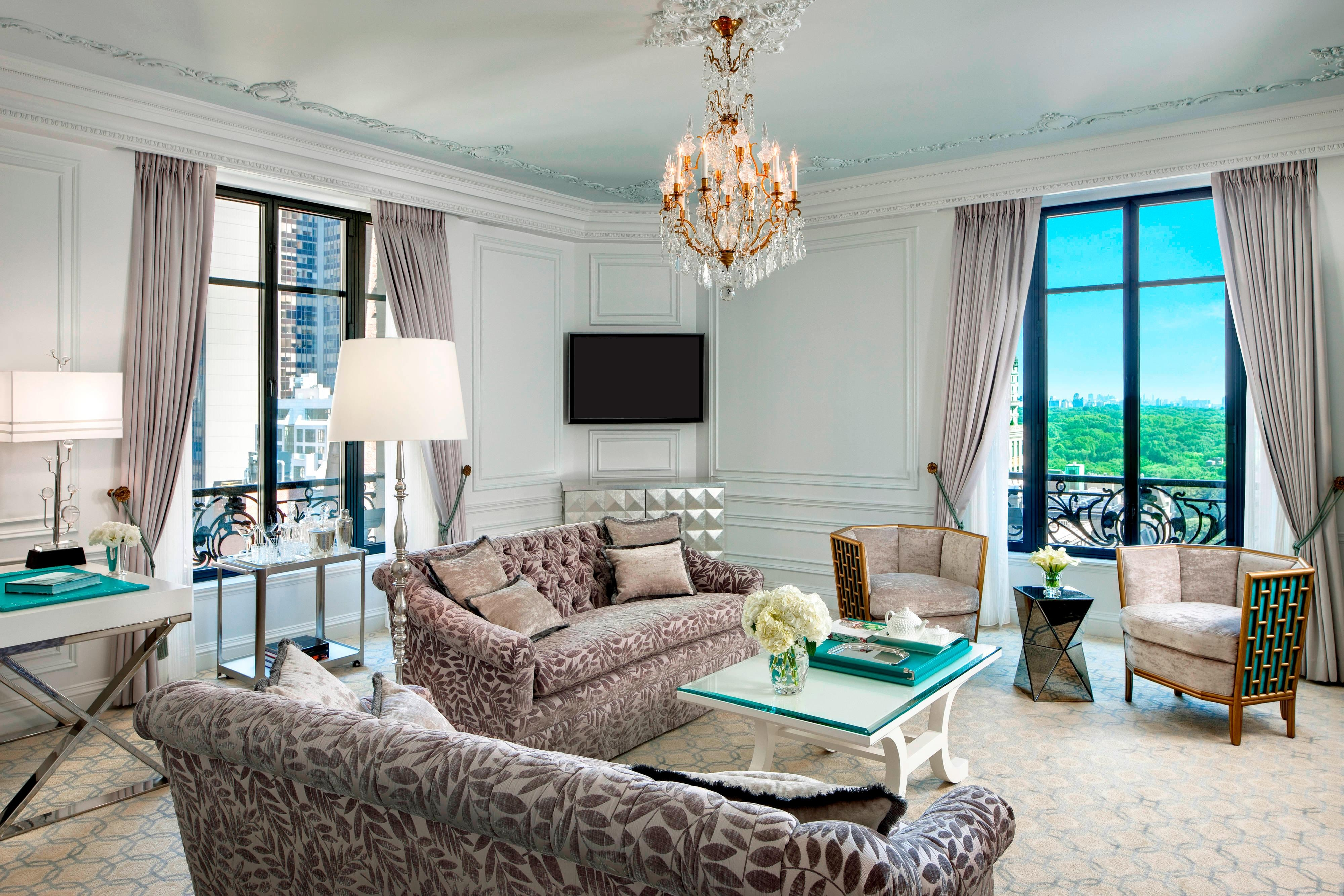 Tiffany Suite - Living Room