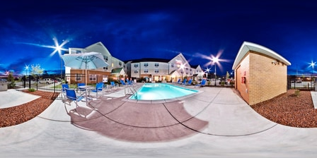 Outdoor Pool – TownePlace Suites Jacksonville