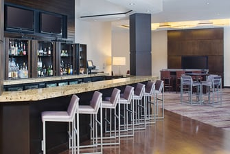 pleasanton ca hotel with bar