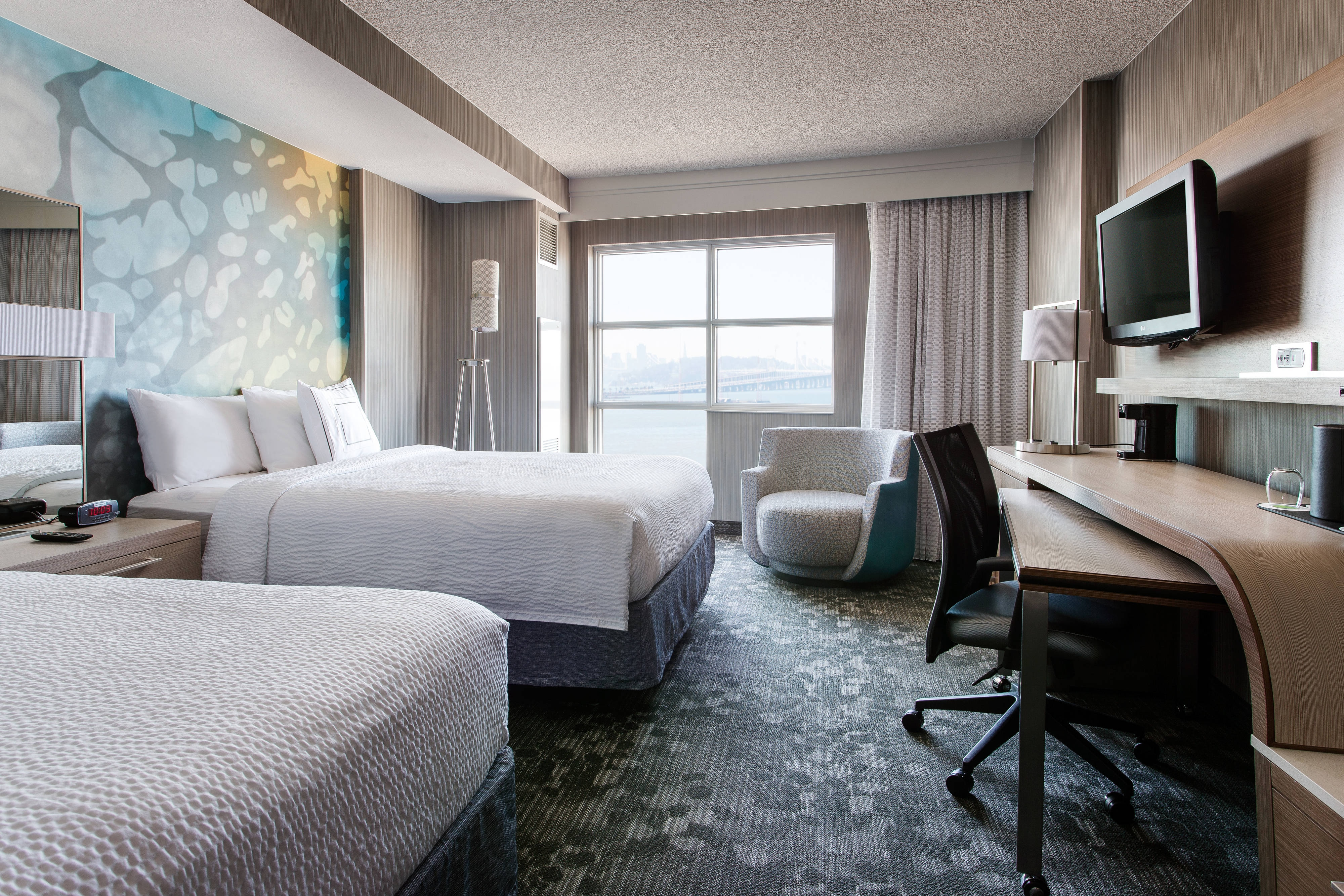 Bay View Queen/Queen Guest Room