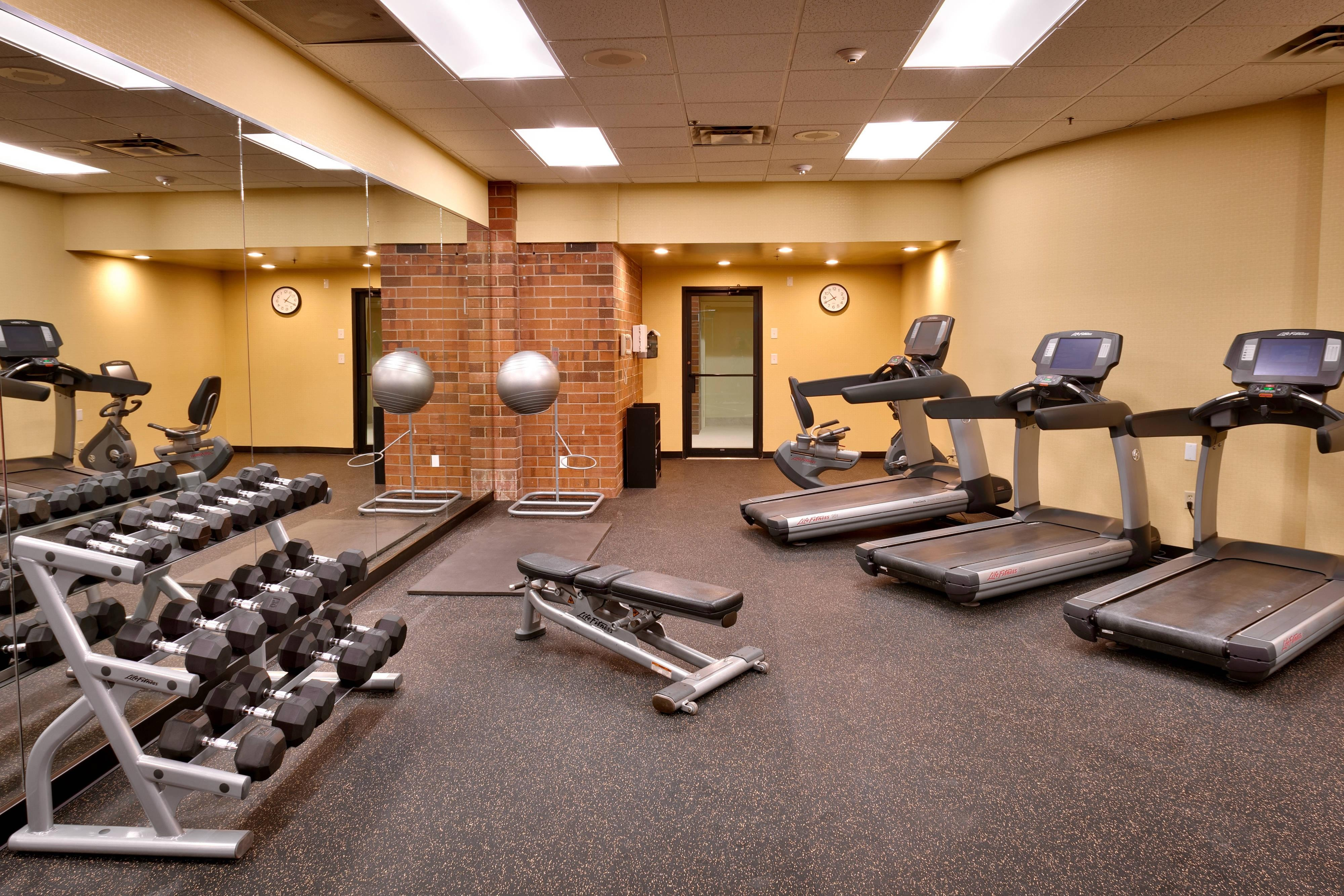 Courtyard Hotel Gym