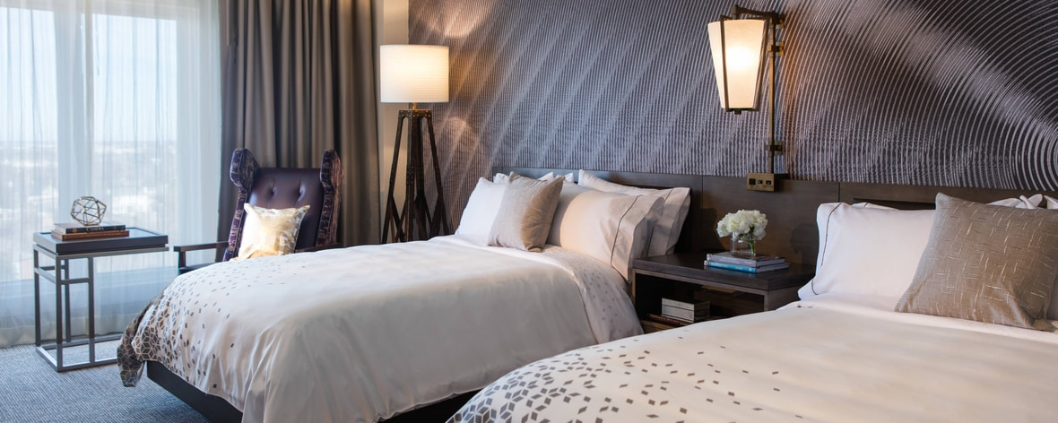 luxury north oklahoma city hotels renaissance waterford. Black Bedroom Furniture Sets. Home Design Ideas
