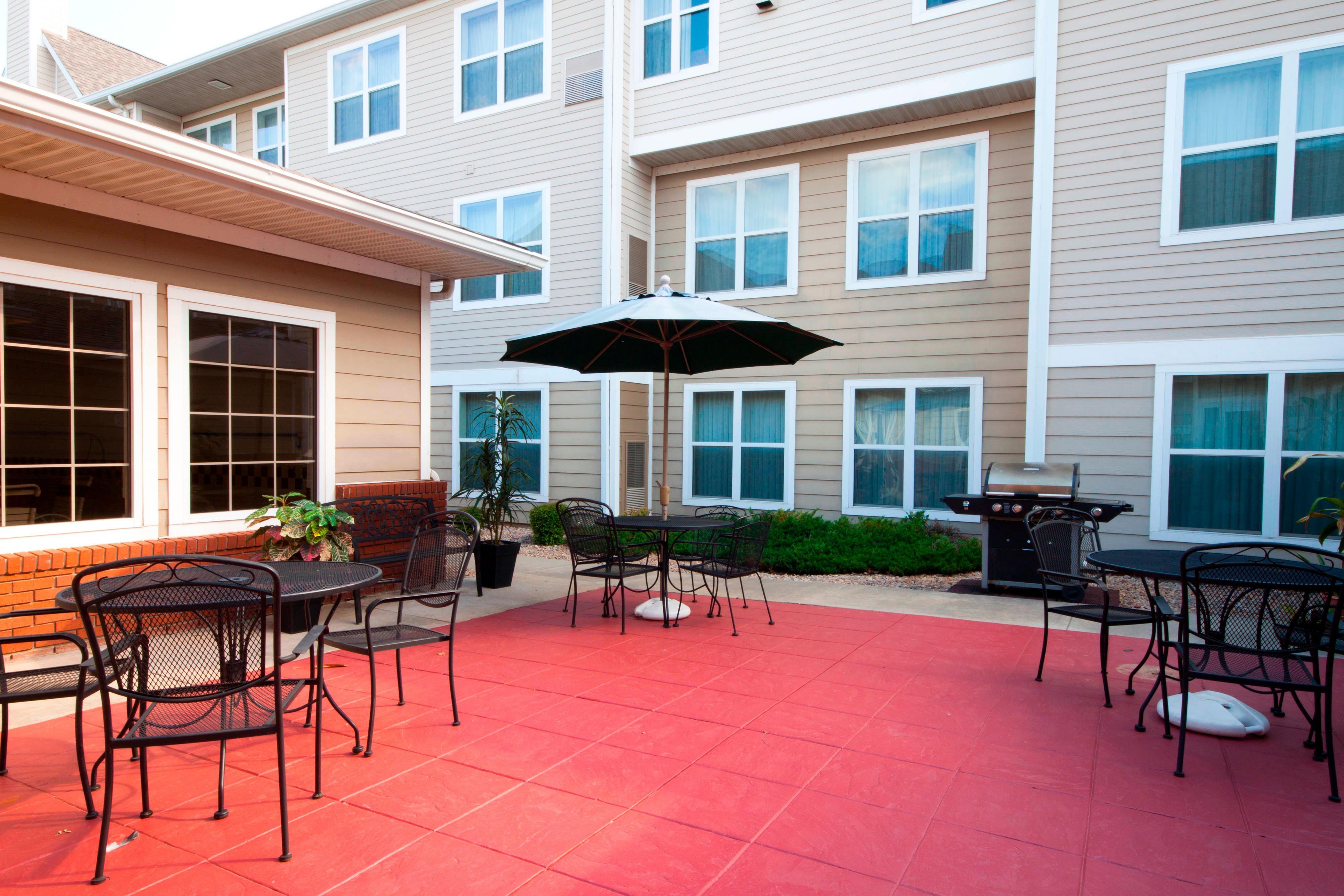 Oklahoma City Residence Inn Courtyard