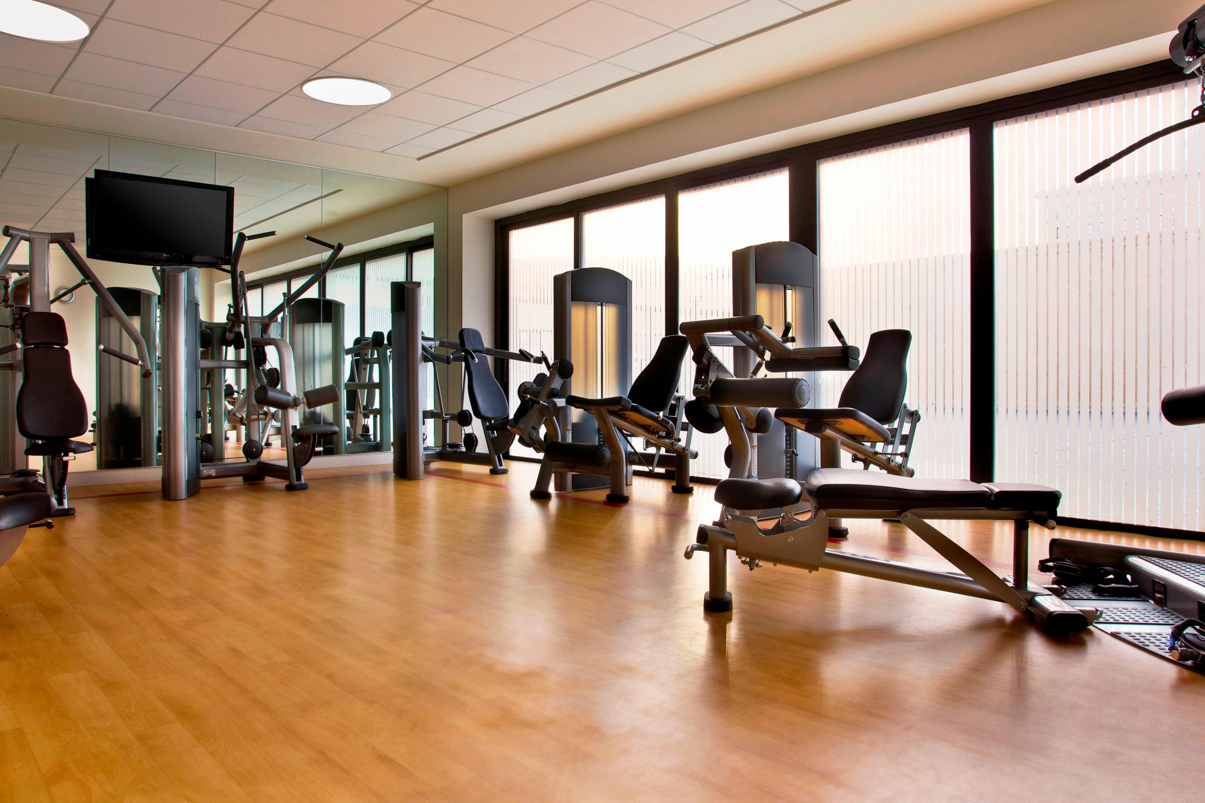 Fitness Center - Center