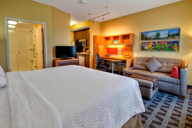 Extended Stay Suite with Kitchen