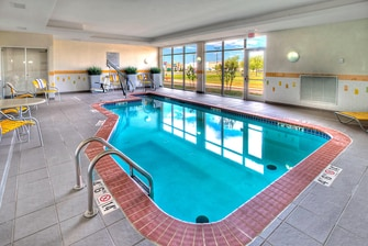 Oklahoma hotel swimming pool
