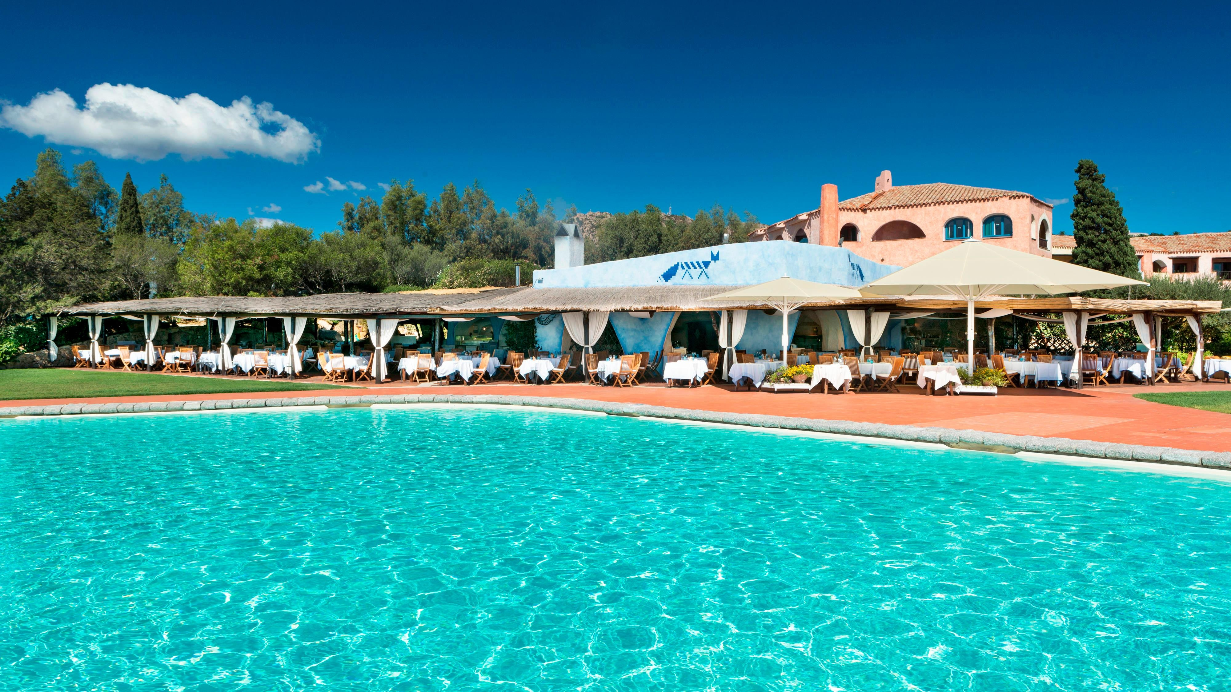 Hotel gym recreation hotel cala di volpe a luxury - Hotels with saltwater swimming pools ...