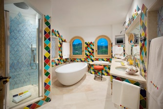 Penthouse Suite - Bathroom
