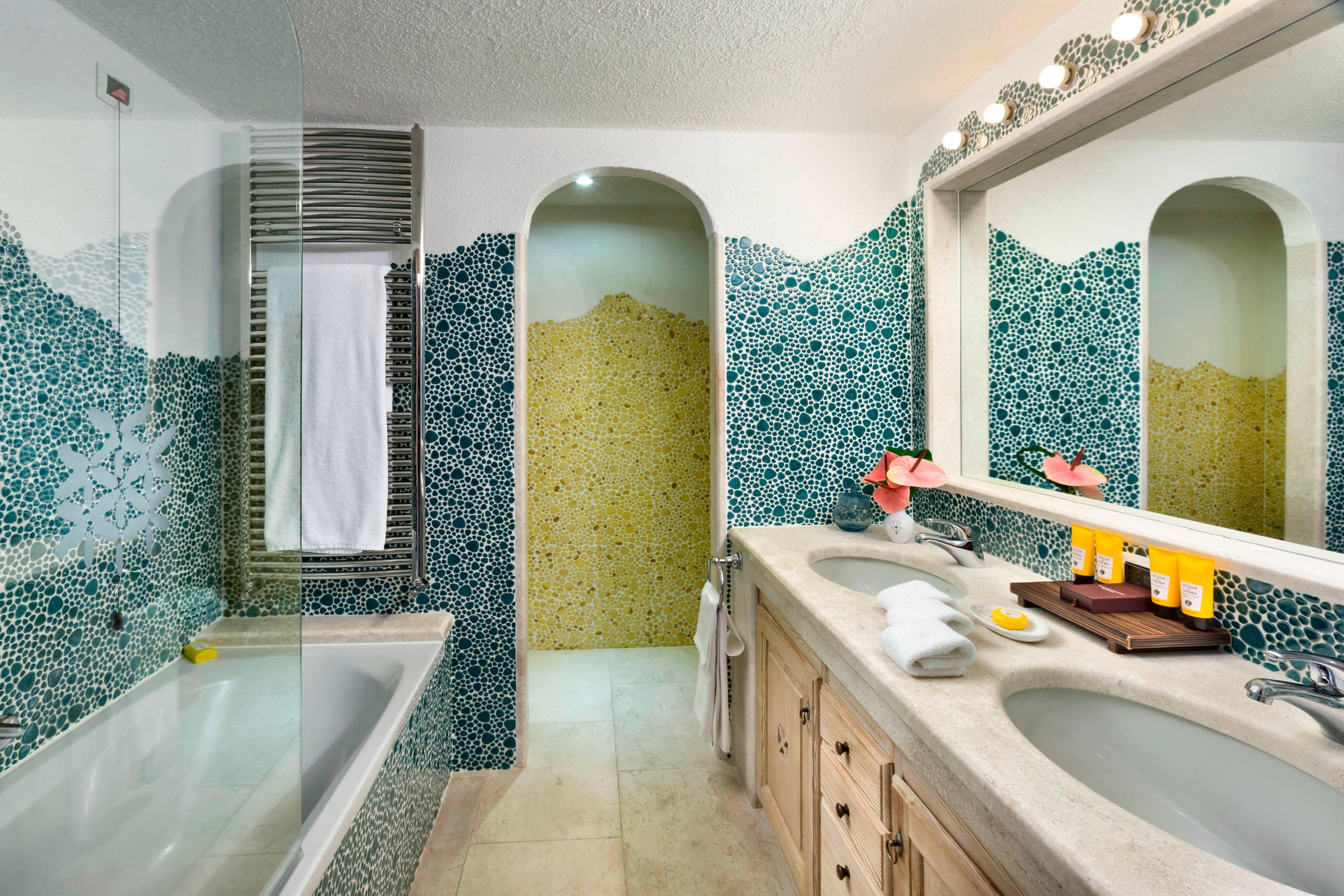 Premium Double - Bathroom