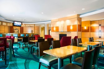 SpringHill Suites Council Bluffs Breakfast Area