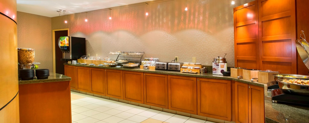 SpringHill Suites Council Bluffs Breakfast Buffet