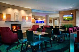 Springhill Suites Council Bluffs Dining Area