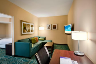 Springhill Suites Council BluffsKing Whirlpool Suite