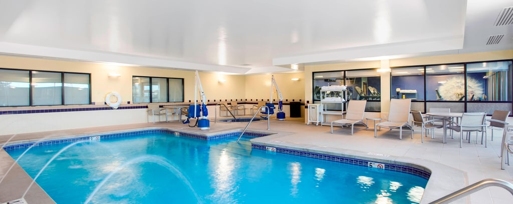 SpringHill Suites Council Bluffs Indoor Pool