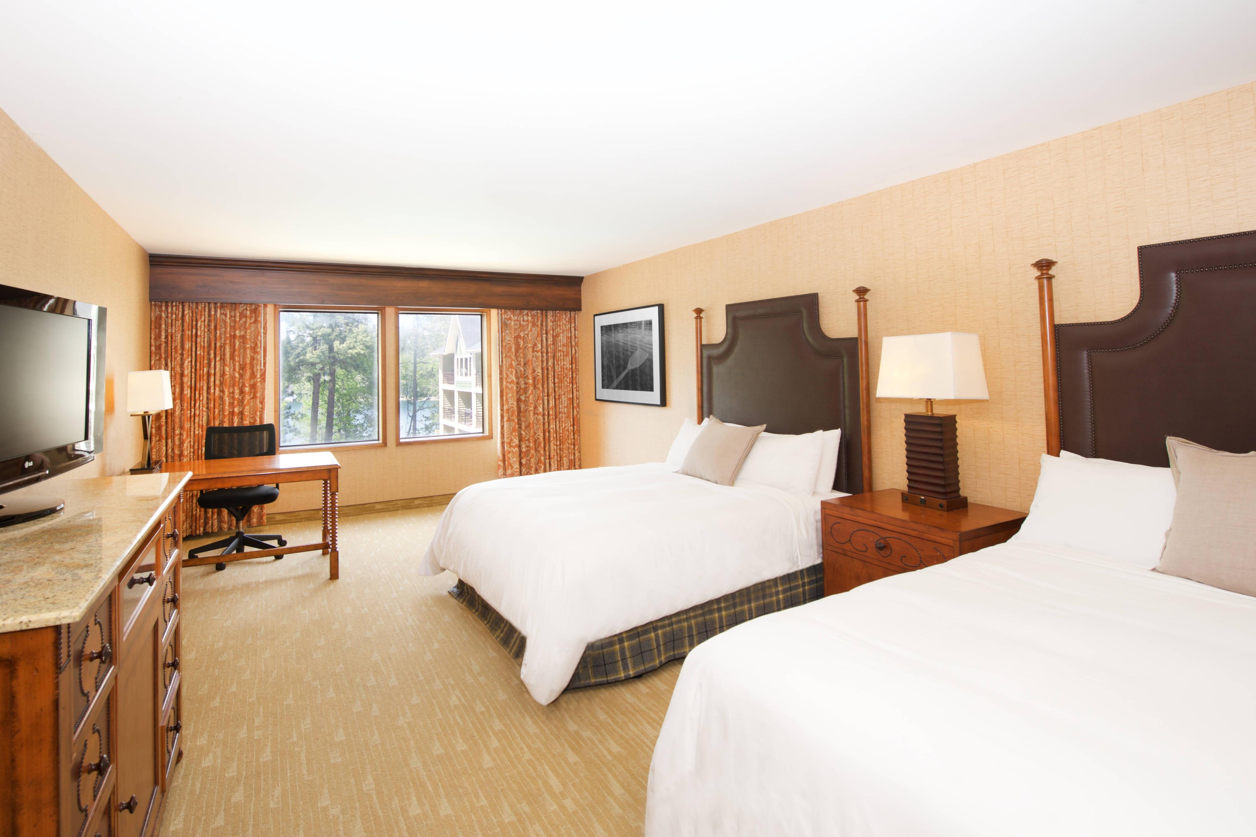 Chambre standard avec deux lits queen size