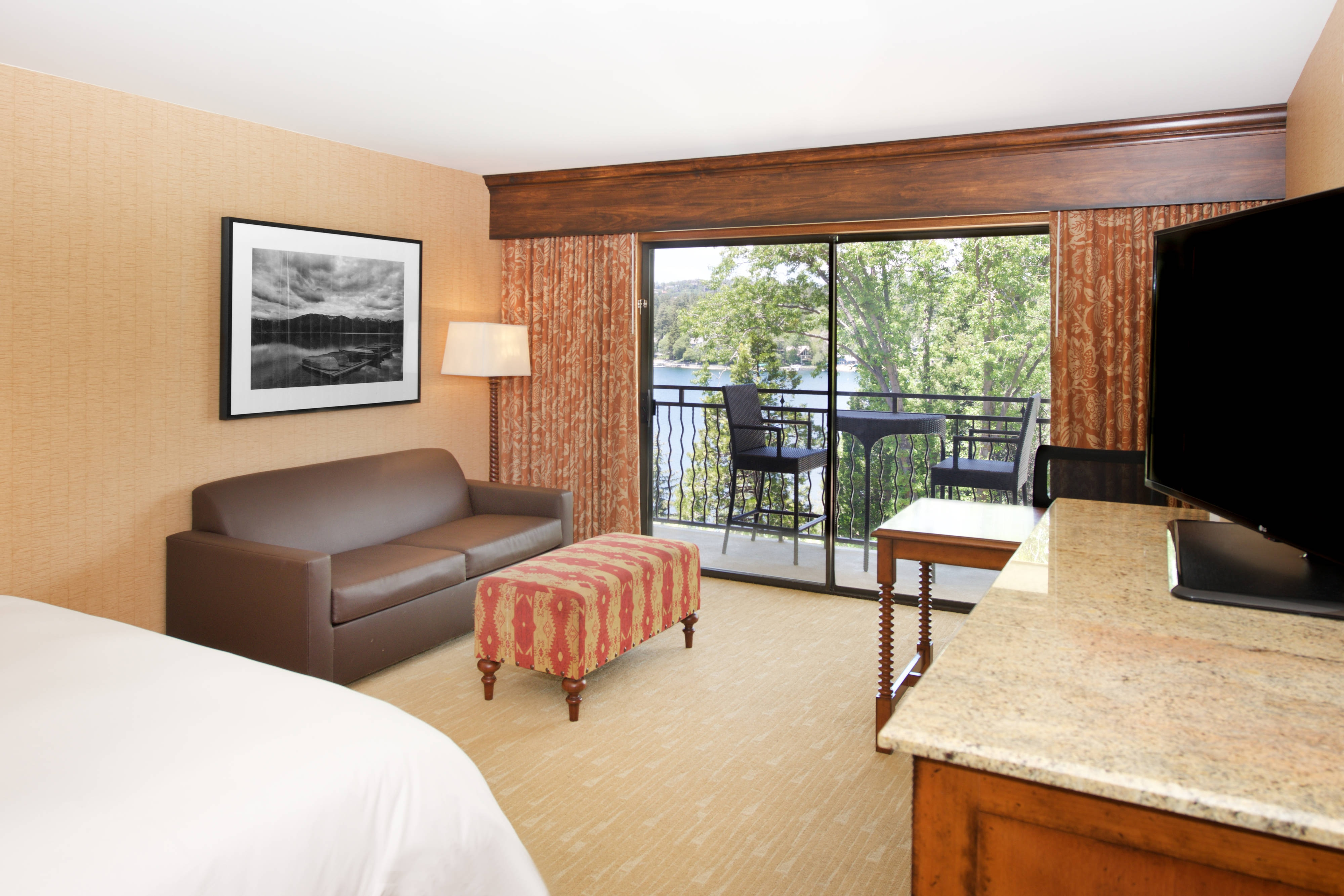 Lake Side Balcony - King Guest Room