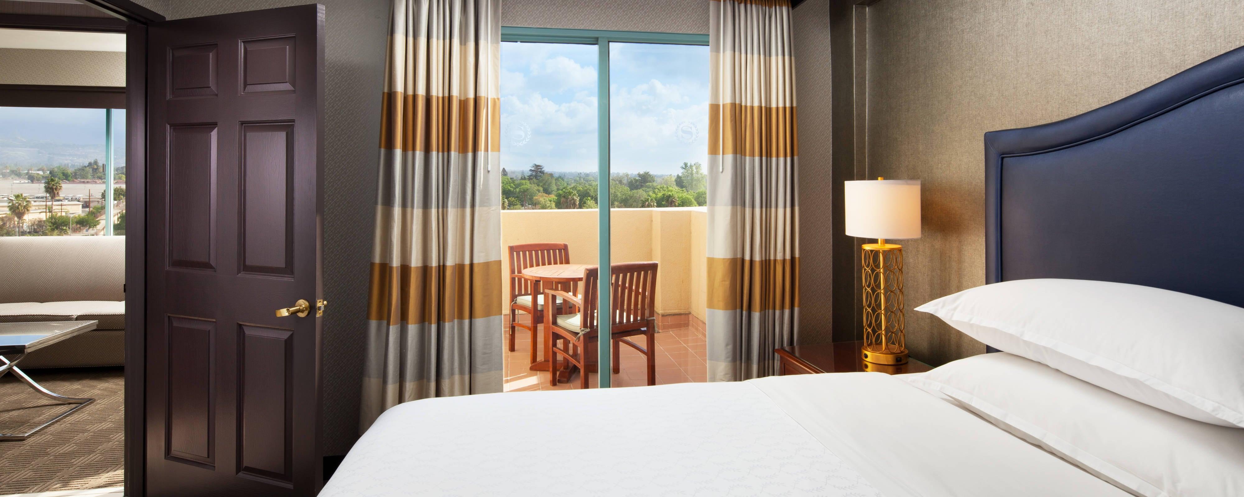 Hotel In Pomona