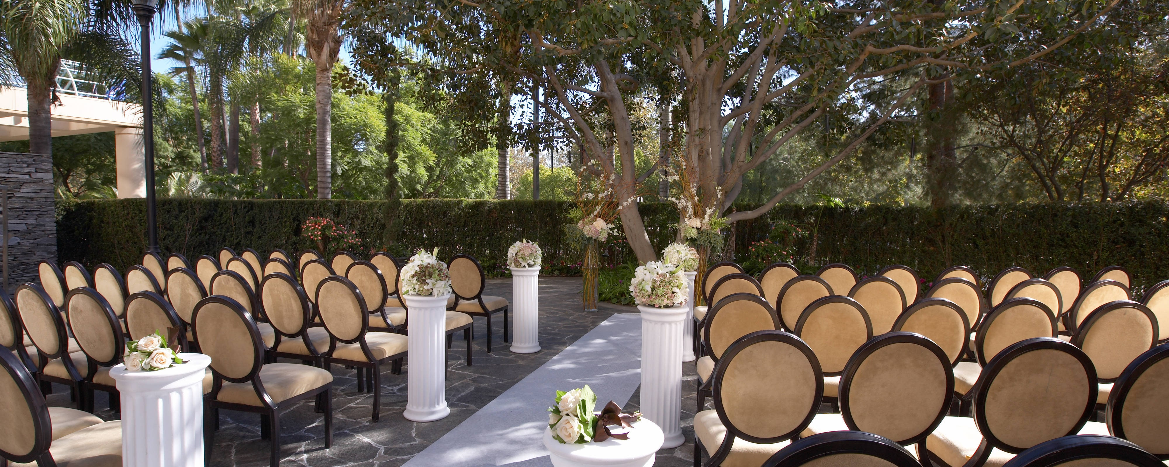Wedding Planning In Pomona At The Sheraton Fairplex Hotel Conference Center