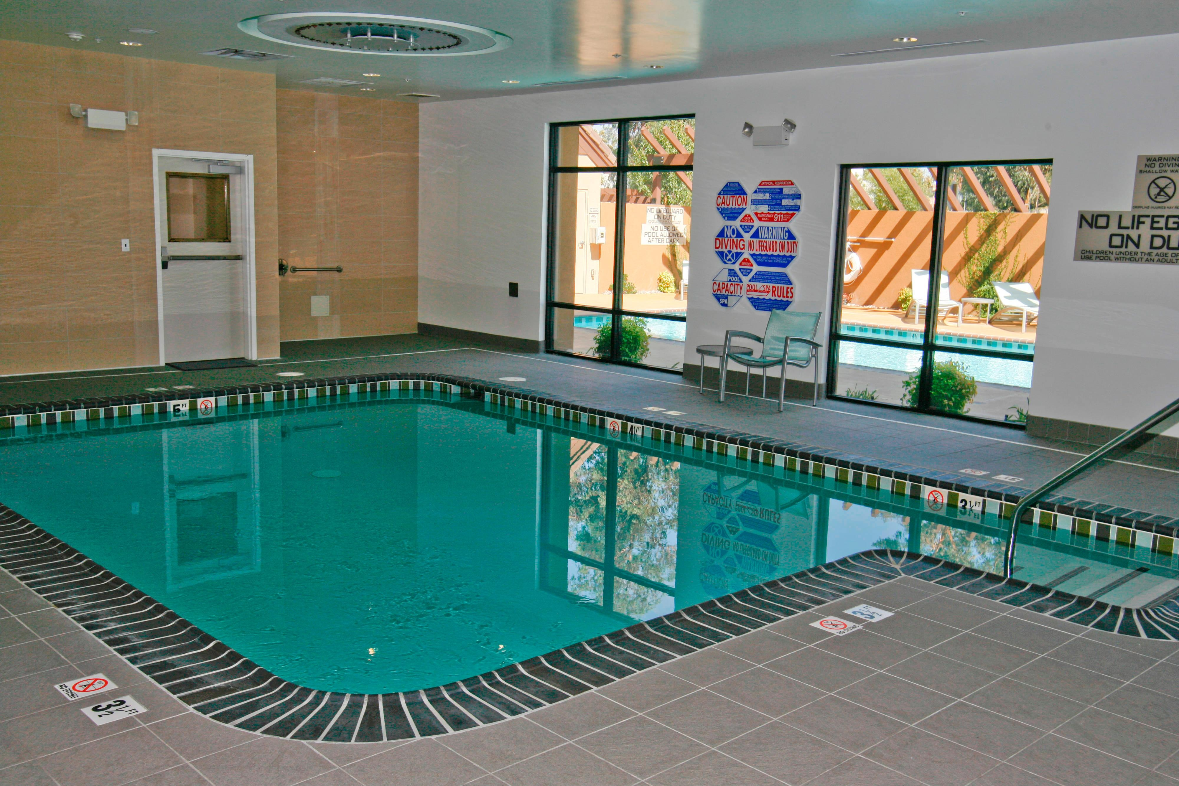 Temecula Hotels with indoor pools