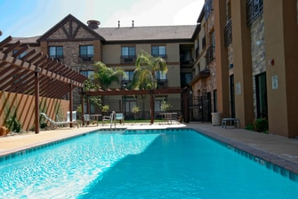 Temecula Hotels with pools