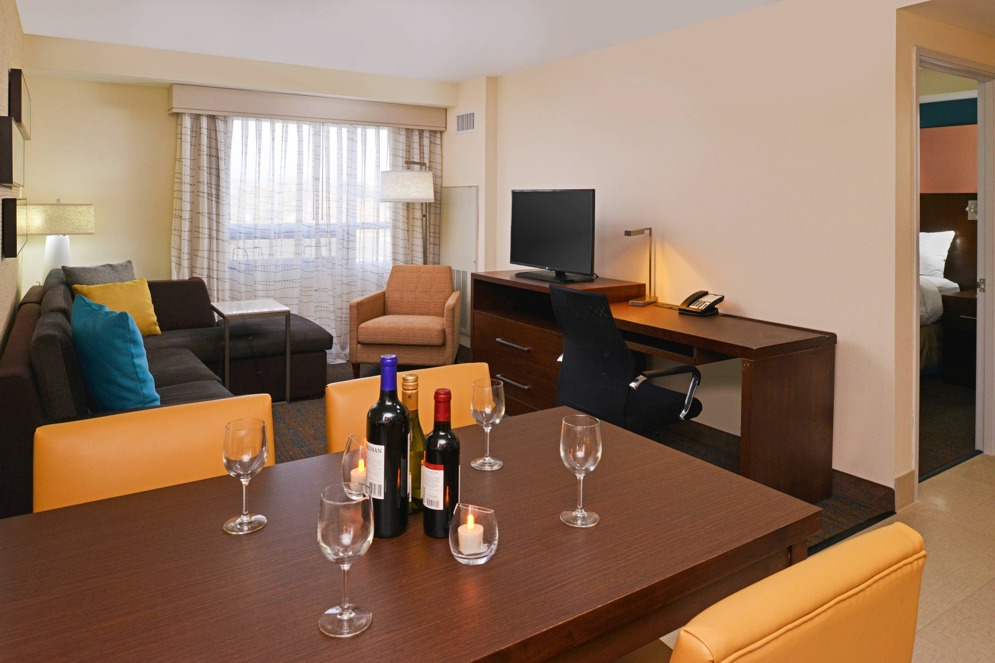Living Spaces Murrieta : Pictures of hotels in or near Murrieta  Take a photo tour ...