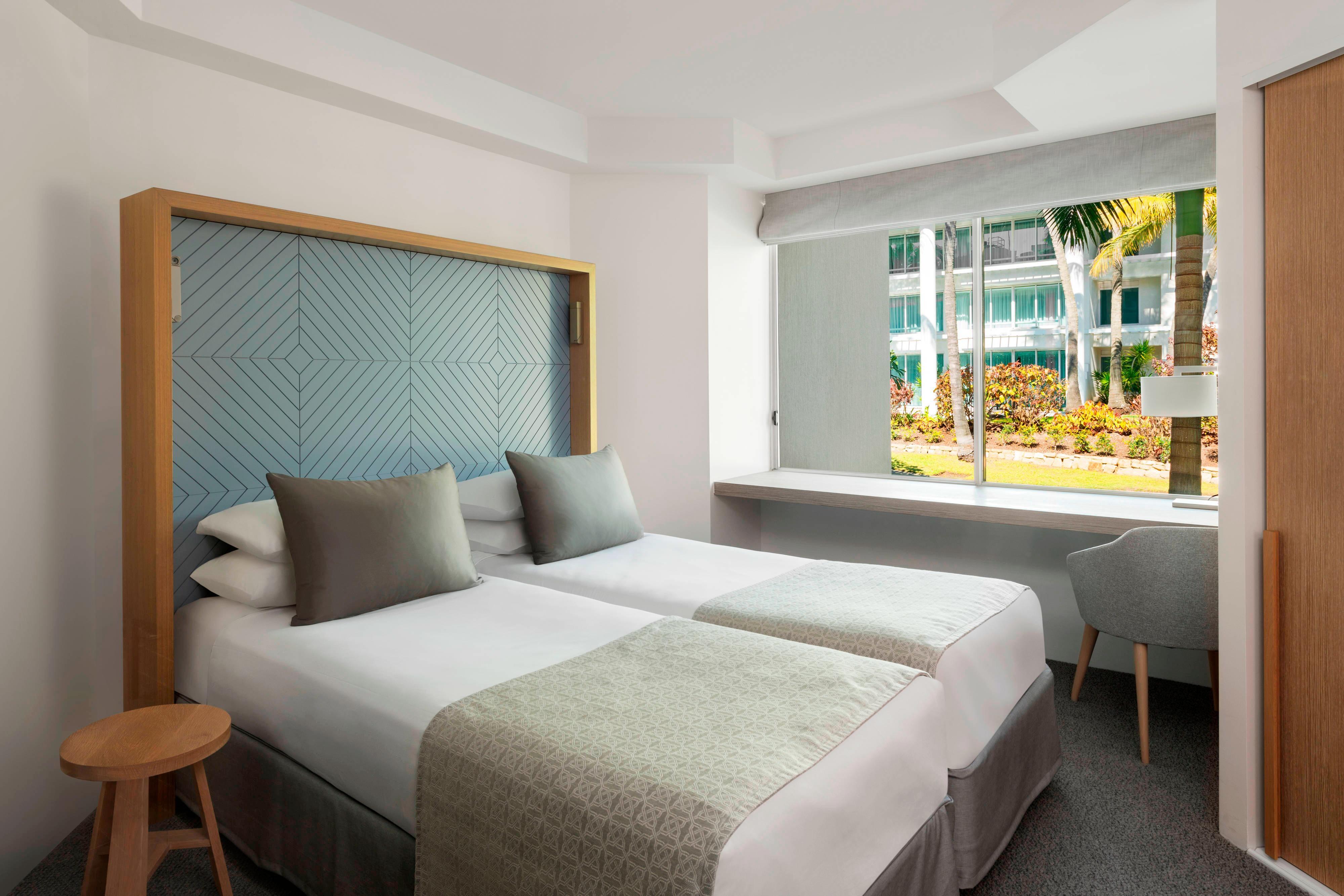 Pacific Mirage Villa - Second Bedroom