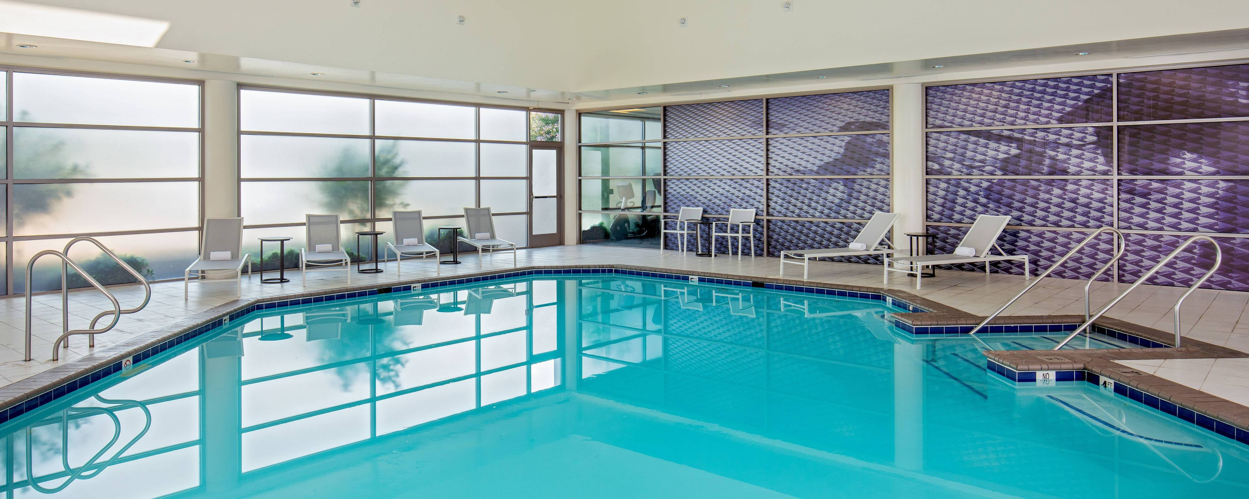 Chesapeake va hotels with indoor pools delta hotels - Hotels with swimming pools in norfolk ...