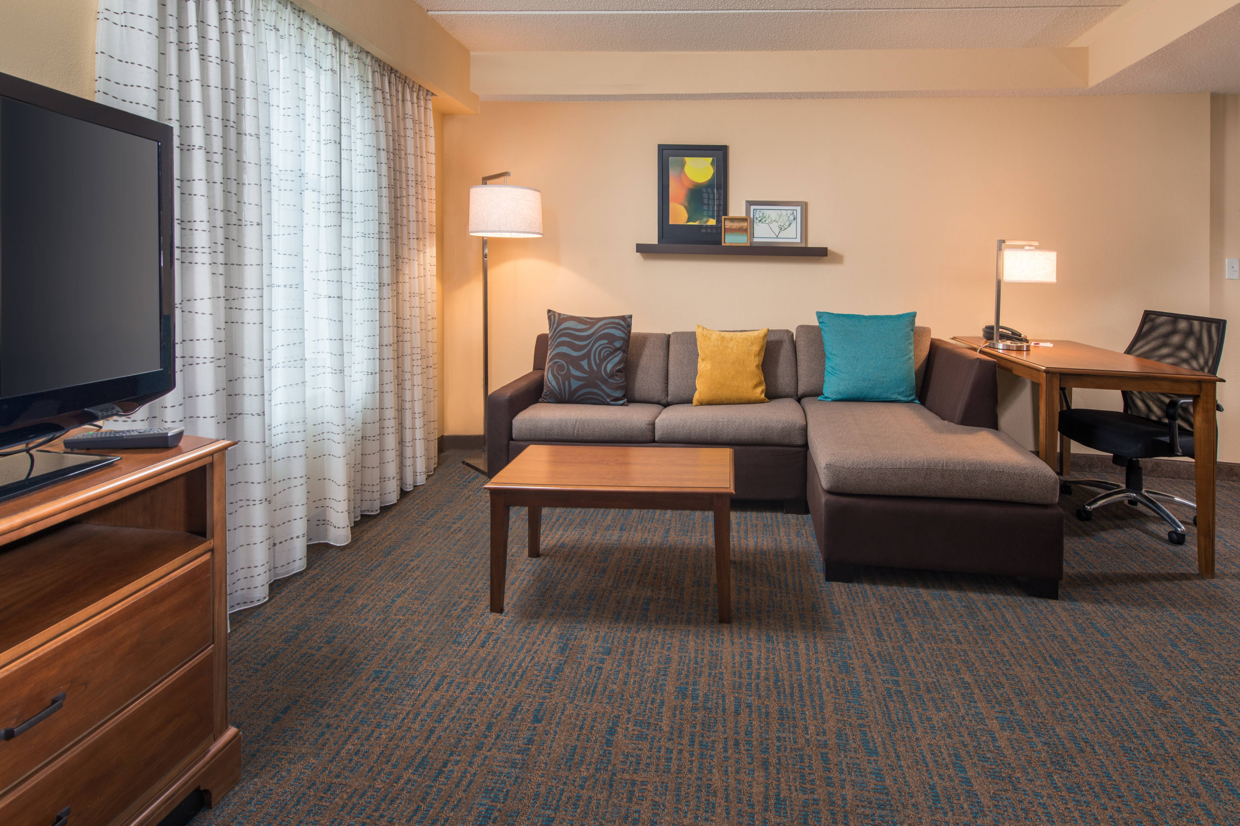 newly renovated suites in chesapeake chesapeake hotel suites