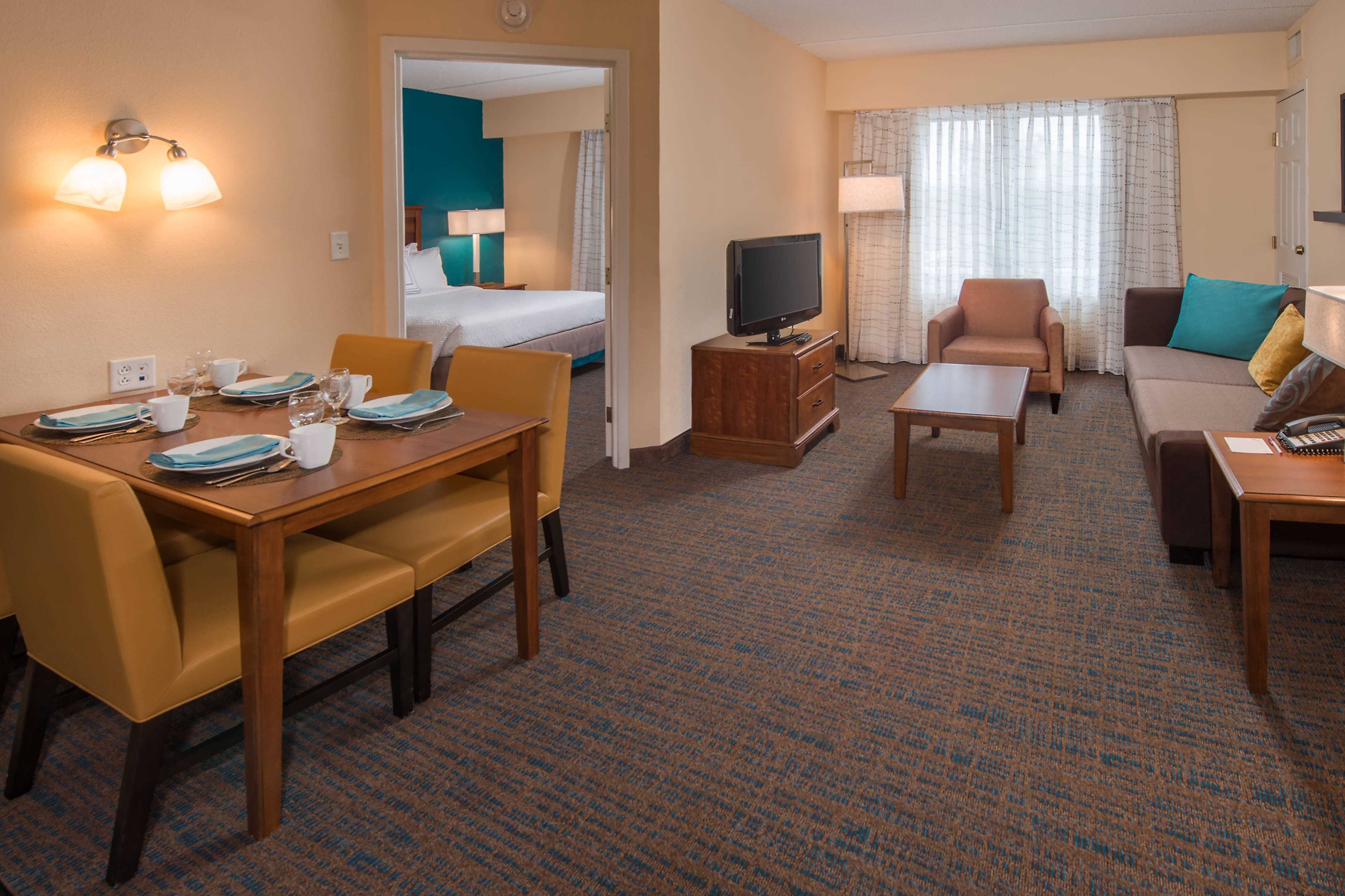 Newly renovated suites in chesapeake chesapeake hotel suites - 2 bedroom suites in chesapeake va ...