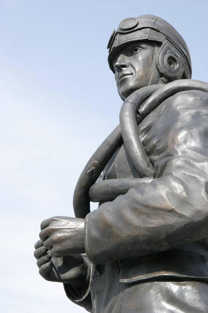 Aviator Statue – Virginia Beach Courtyard