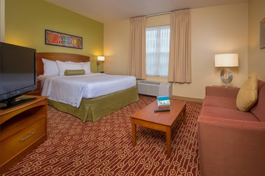 Two-Room Virginia Beach Suites with Kitchen | TownePlace Suites ...
