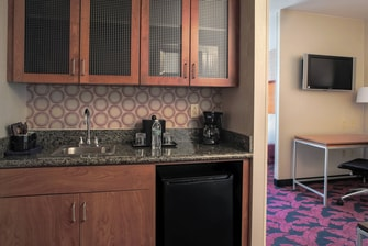 SpringHill Suites Virginia Beach Oceanfront Suite Amenities