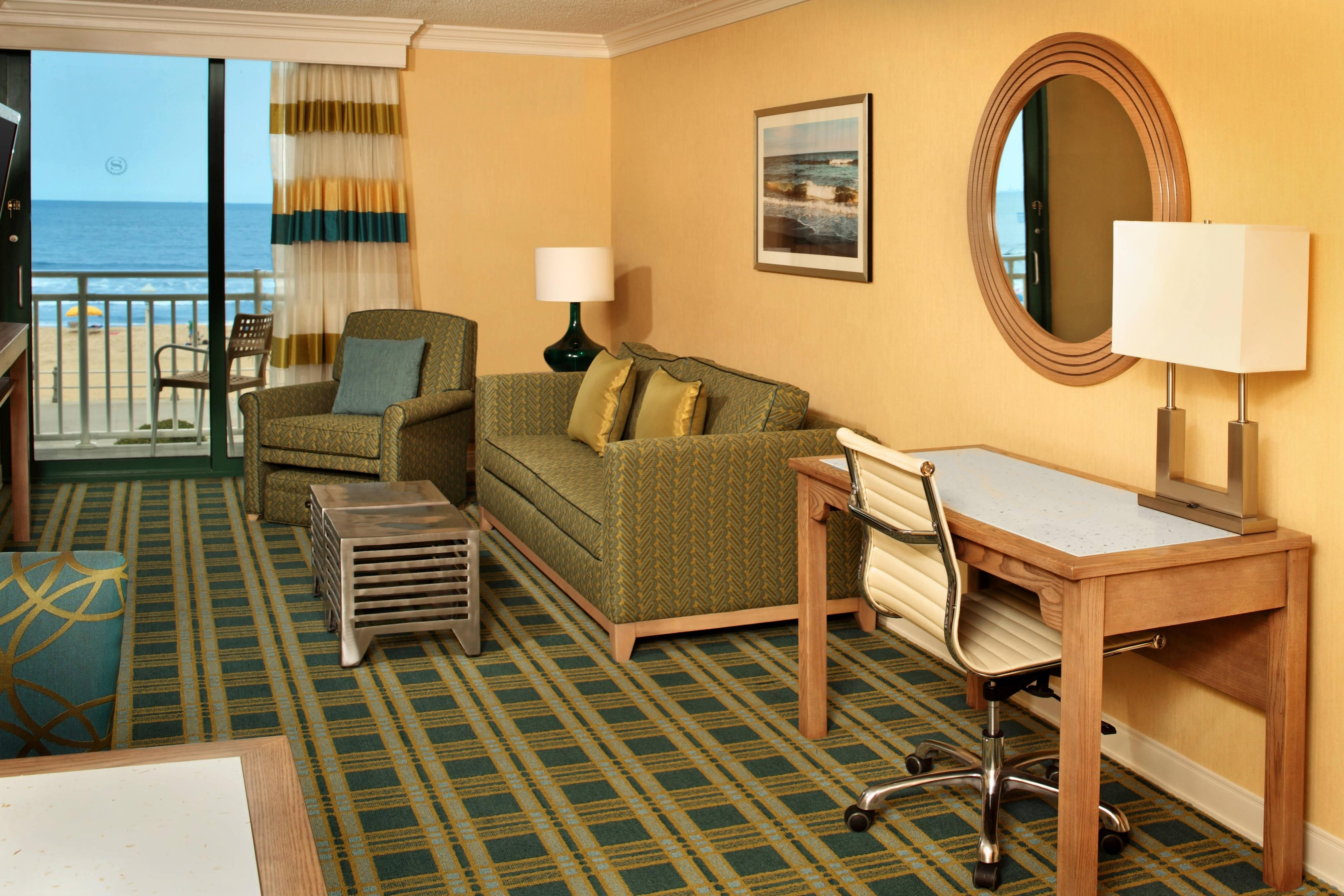 Suites with ocean views sheraton virginia beach - 2 bedroom hotels in virginia beach ...
