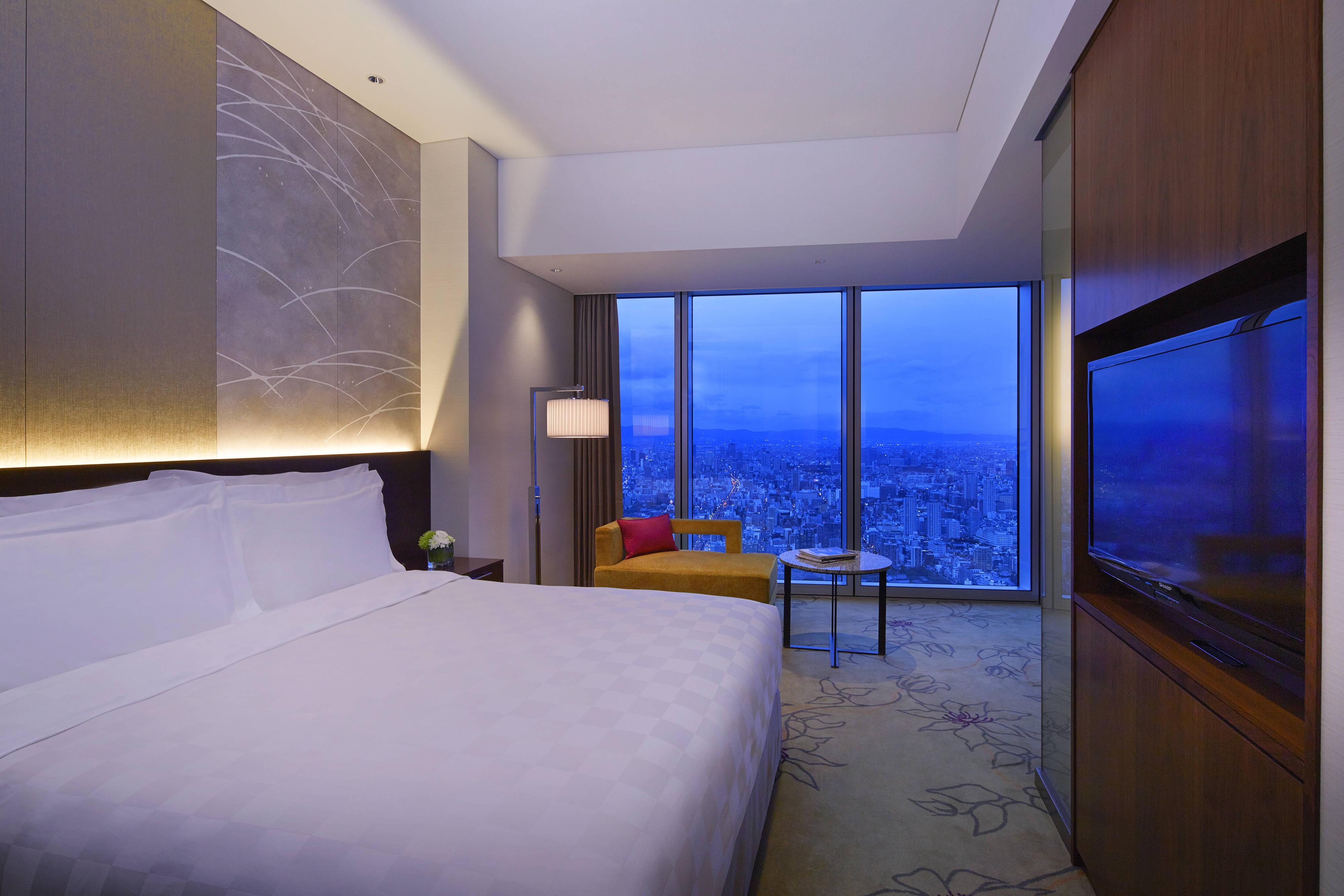 Osaka Marriott guest rooms