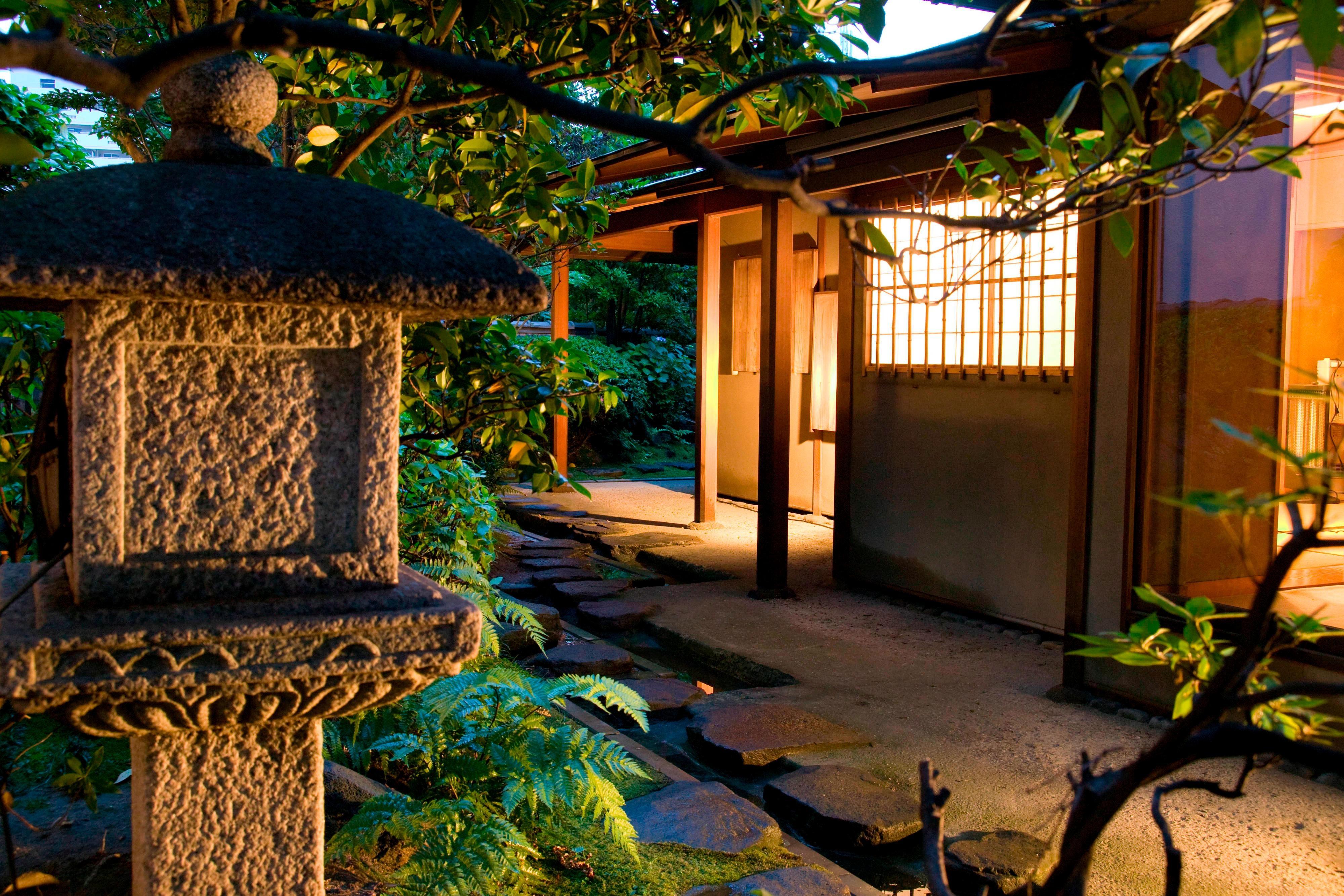 日本の伝統的茶室「有楽庵」